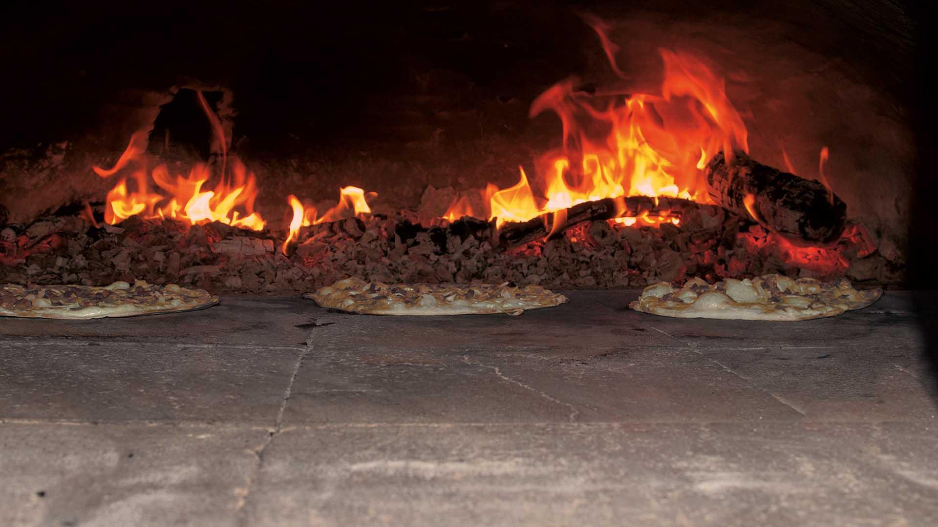 Ferienhaus am Schönwasen - Flammenkuchenofen